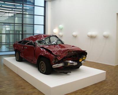 Ausstellungsansicht, Weather Everything, 1998, GfZK Leipzig, Foto: Hans-Christian Schink