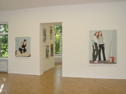 Ausstellungsansicht, >I love you too, but...< Positionen zwischen Comic-Ästhetik und Narration, 2000, GfZK Leipzig, Foto: Hans-Christian Schink