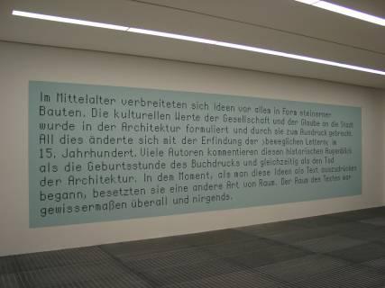 Ausstellungsansicht, LocalMotion, 2001, GfZK Leipzig, Foto: Hans-Christian Schink