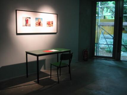 Ausstellungsansicht, Allan Sekula, Der zweite Blick, 2004, GfZK Leipzig, Foto: Andreas Enrico Grunert