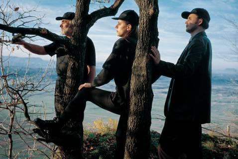 Weekend Art: Hallelujah the Hill, 1995-2005, Fotoserie