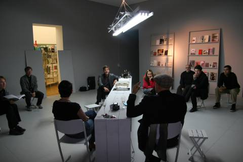 Ausstellungsansicht, Salon für Kunstbuch, 2010, GfZK Leipzig, Foto: Andreas Enrico Grunert