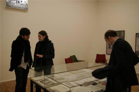 Ausstellungsansicht, Auftrag und Kunst, 2010, GfZK Leipzig, Foto: Nini Palavandishvili