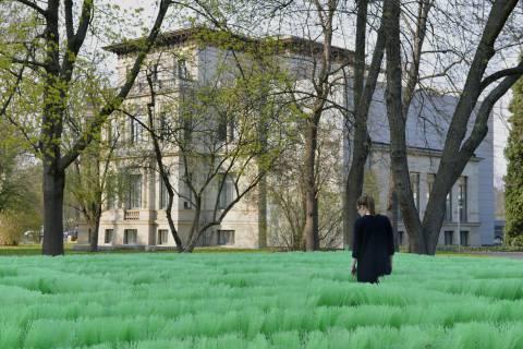 Olaf Nicolai: Labyrinth, 1998. Foto: Sebastian Schröder