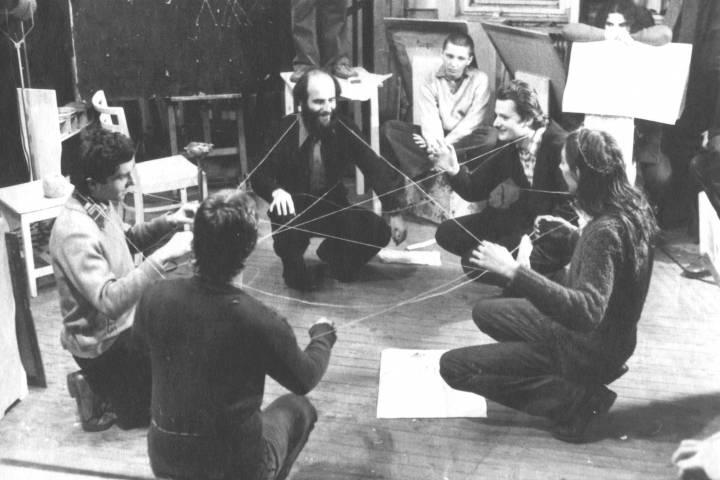 Miklós Erdély, Dóra Maurer: Aktiv-Passive Übungen im Rahmen des Kurses Kreativitätsübungen, 1976-77; Foto: Tamás Papp