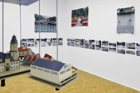Eva Hertzsch und Adam Page: Projekt Deutsche Einheit, 1997. Foto: Sebastian Schröder