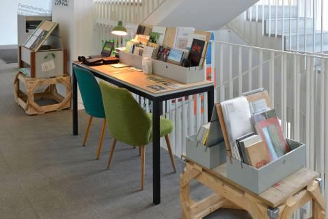 International Village Show: Bibliobox, 2015. Foto: Sebastian Schröter
