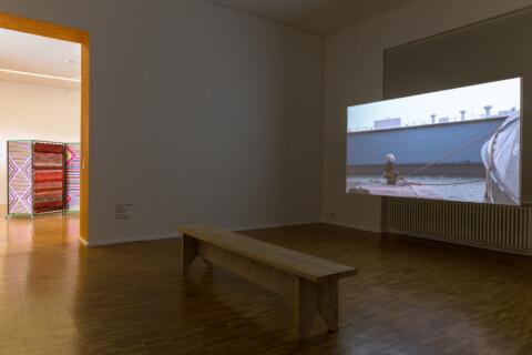 Ausstellungsansicht, Vom Haben und Teilen, Foto Alexandra Ivanciu